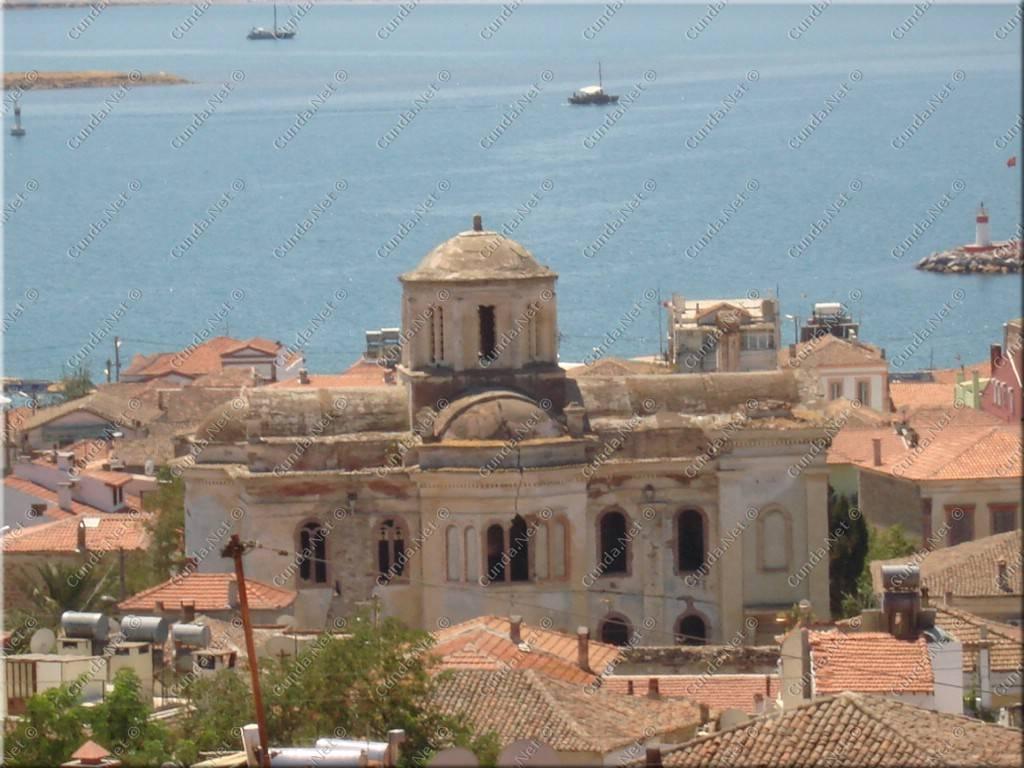 Ayvalık'taki tarihi Taksiyarhis Kilisesi