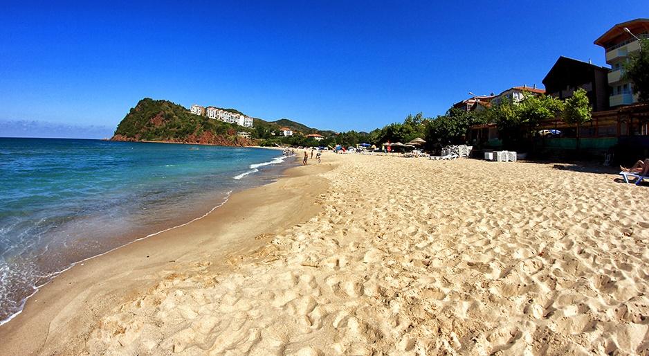 Bartın Plajları'nda Yaz Keyfi Bir Başka