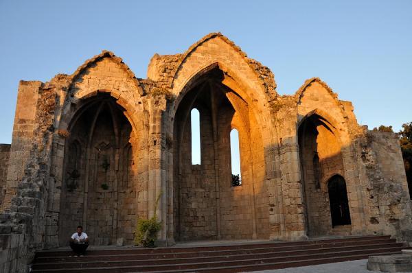 Fethi Paşa Kütüphanesi