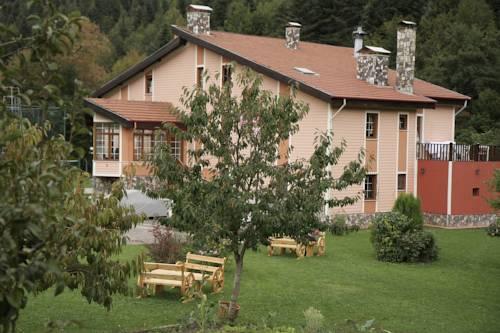 Abant Bahçeli Köşk