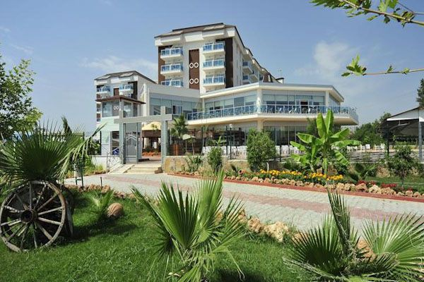 Çenger Beach Resort Hotel