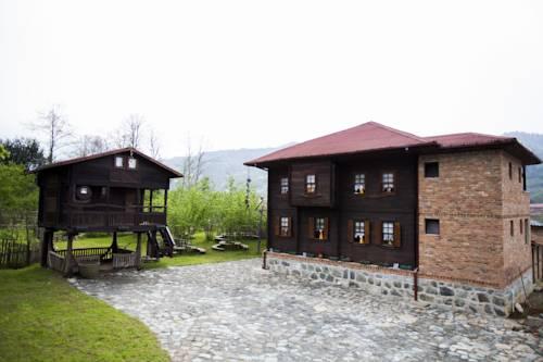 Ezmoce Köy Evi