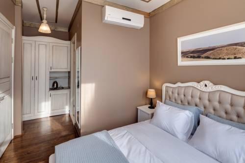 Loka Suites