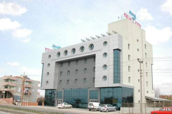 Otel Palm City