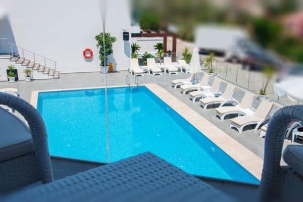 Rhapsody Hotel & Spa