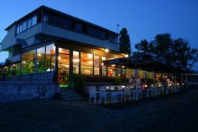 As Motel & Restaurant