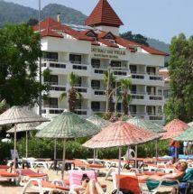 Chateau De Ville Hotel