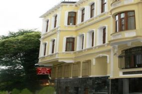 Hotel Adonis Palace İstanbul