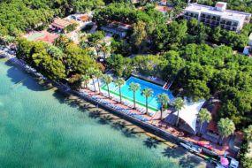 Shark Hotels Ömer Holiday Resort