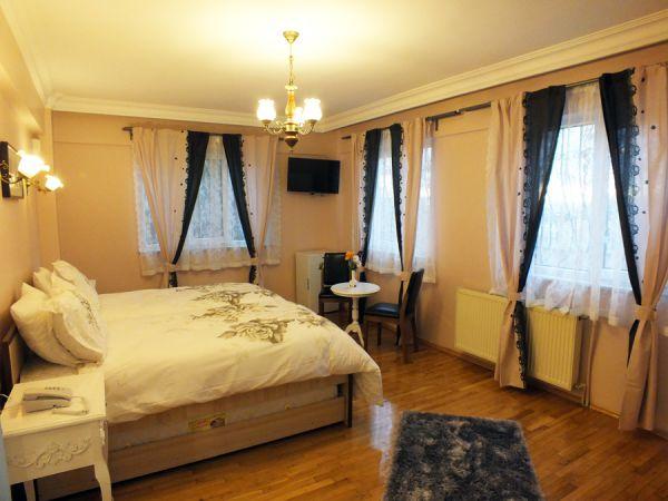 Yeşim Hotel